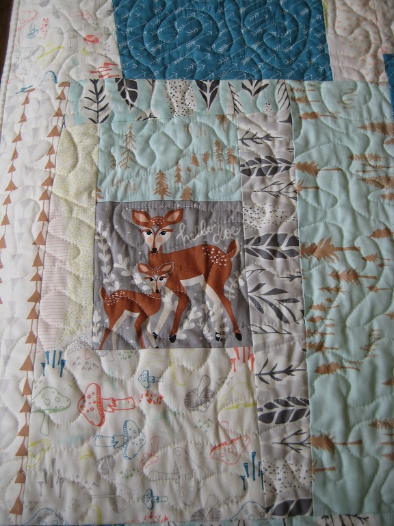Wonky Log Cabin Quilt // Hello Doe block // Holm Sown