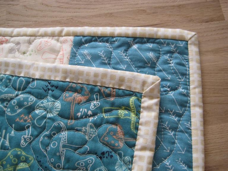 Wonky Log Cabin Quilt // Binding - Almondette // Holm Sown