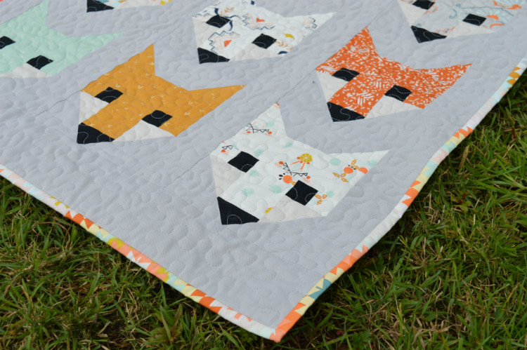 Fancy Fox Quilt - Binding - Sewn by Holm Sown