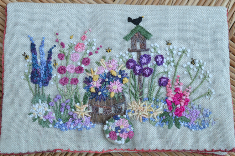 English Country Garden needlecase - front // Holm Sown