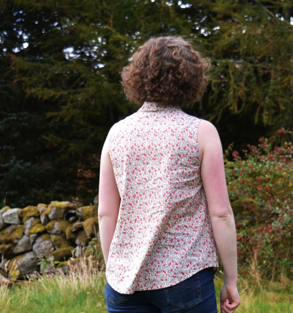 Grainline Alder Shirt // Floral Lawn // Back // Holm Sown