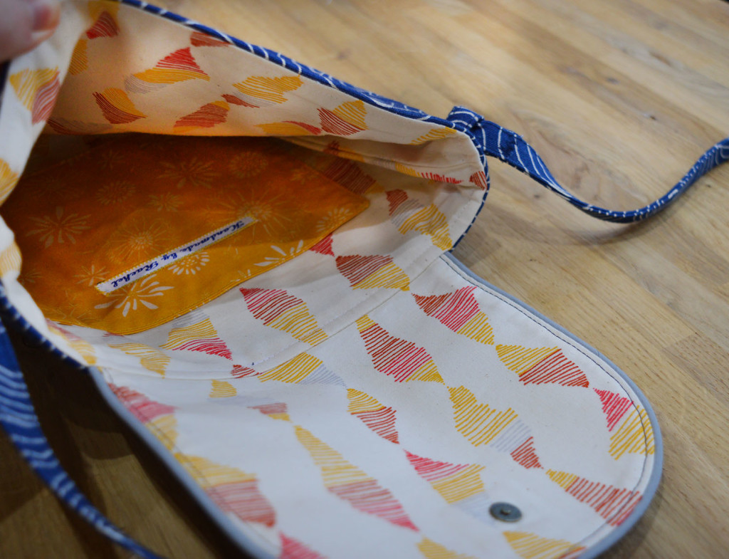 Crossbody Gatherer Bag // Rain Walk fabrics // Inside // Holm Sown