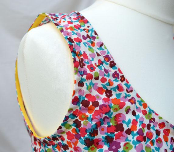 The Tank Dress // Sew Caroline // Edith Cotton Lawn // Armhole bias facing // Holm Sown
