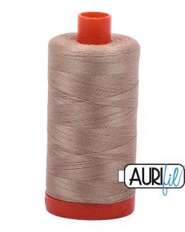 AURIfil Mako 50wt thread // cotton thread // #2326 sand // Holm Sown