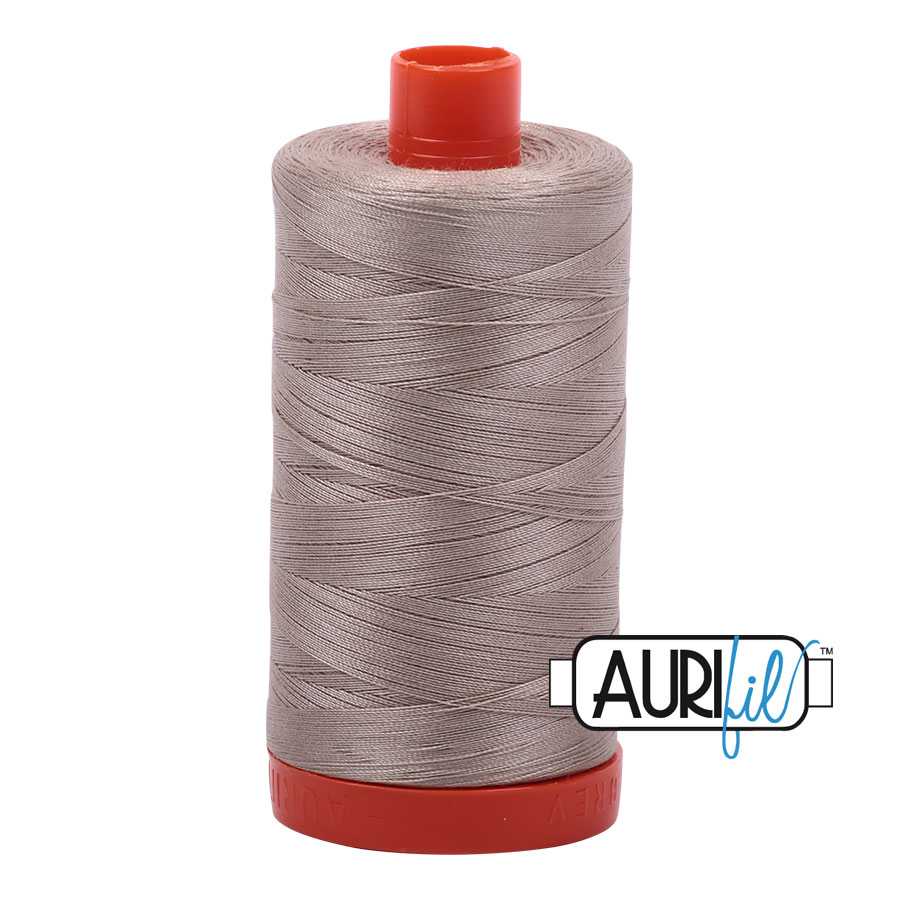 AURIfil Mako 50wt thread // cotton thread // #5011 rope beige // Holm Sown