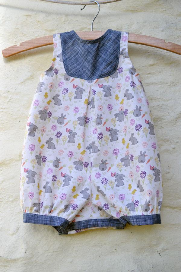 Easter Bunny Garden // baby romper // New Look 6111 // Holm Sown