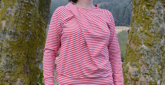 Where's Wally? // Bowline Sweater by Papercut Patterns // Lillestoff red and white stripe organic jersey // Holm Sown