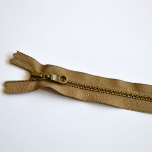 YKK Donut Pull Metal Tooth Zip // 14 inch / 35.5cm // taupe brown // Holm Sown