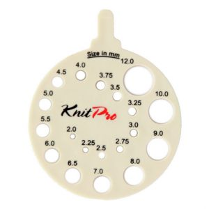 KnitPro needle size gauge // convert US sizing to mm // Holm Sown