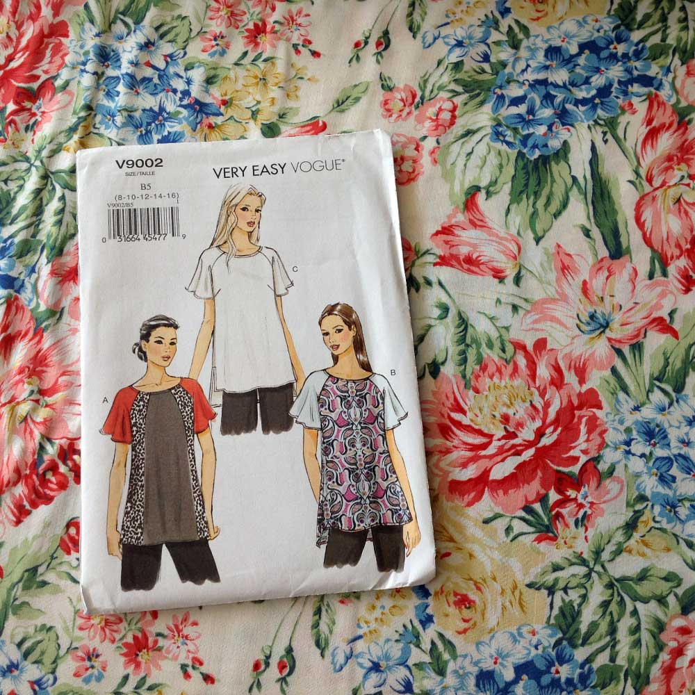 Vogue V9002 Summer Bouquet Viscose Rayon | Spring Sewing Plans - Holm Sown