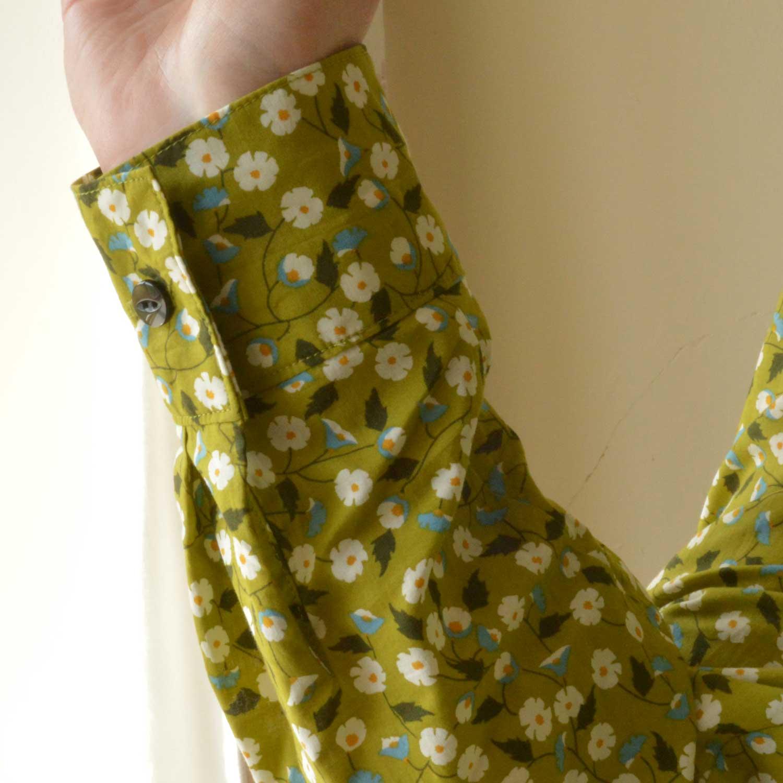 Holm Sown: Butterick B5526 Shirt // daisy pima cotton lawn - green // cuff detail