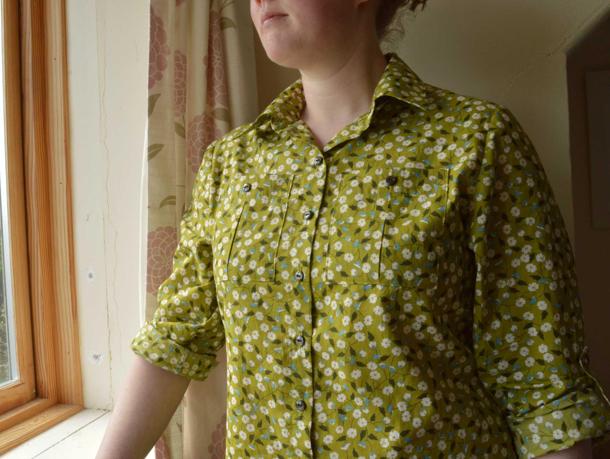 Holm Sown: Butterick B5526 Shirt // daisy pima cotton lawn - green // pocket detail