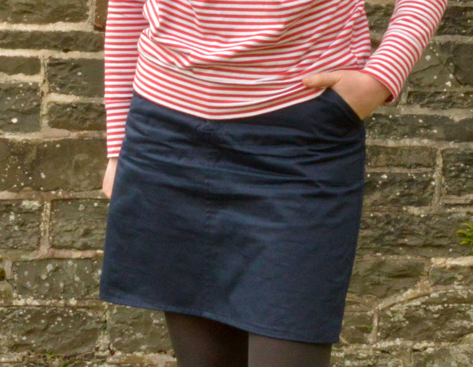 Holm Sown: Grainline Studio Moss Skirt - navy cotton twill