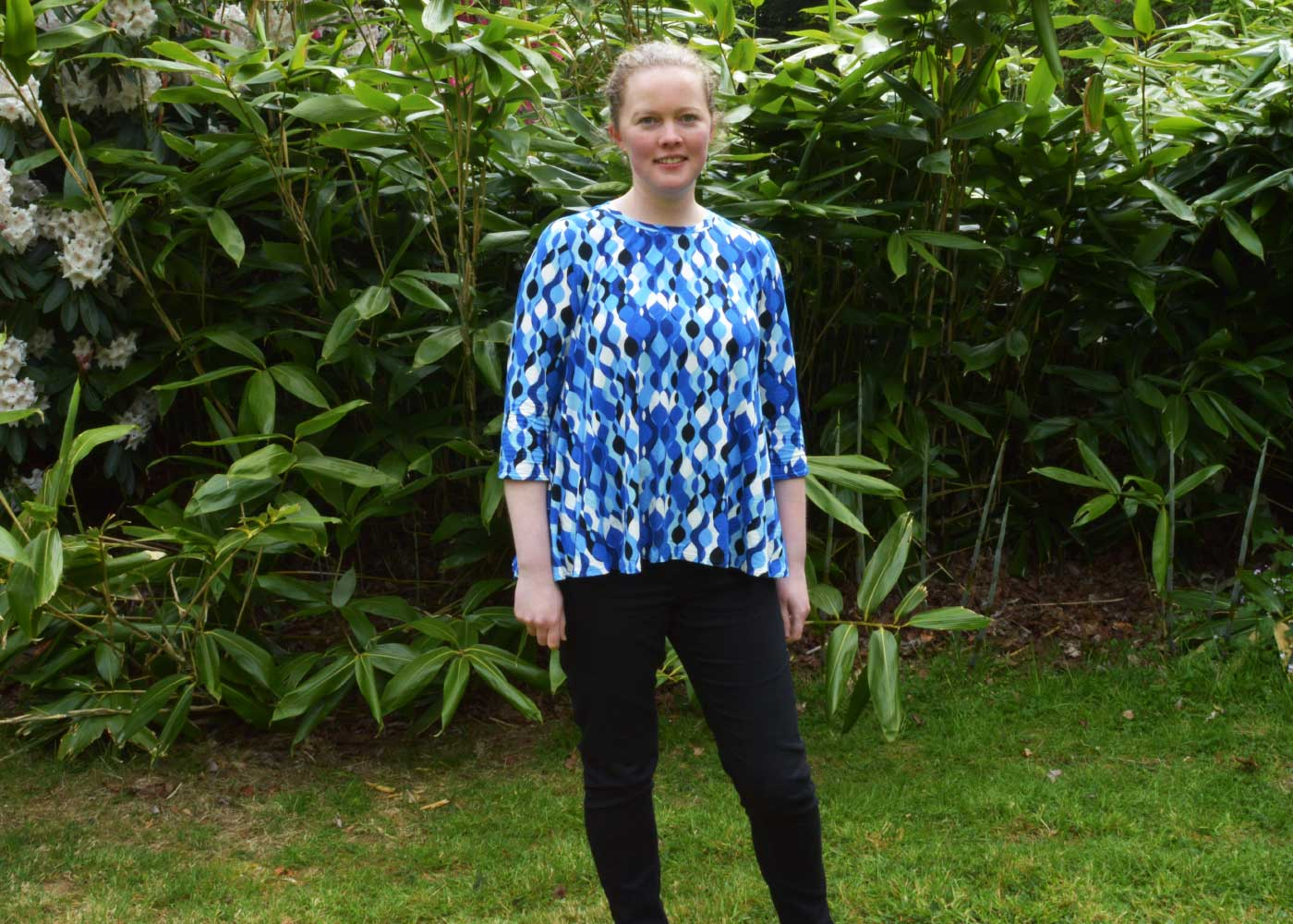 Holm Sown: McCalls M7407 by Melissa Watson - Swing Tee // fabric: retro ripple viscose jersey // front