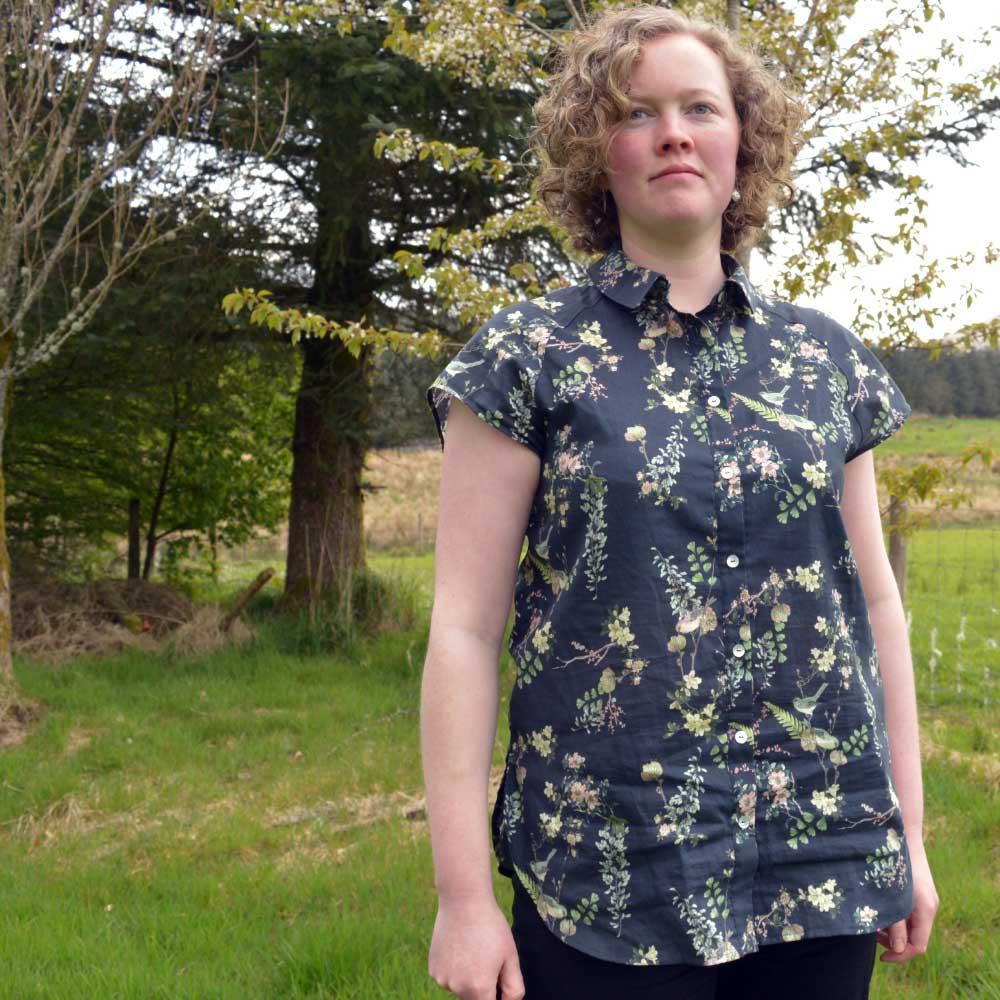 Holm Sown: McCalls M7472 raglan sleeve shirt - front detail