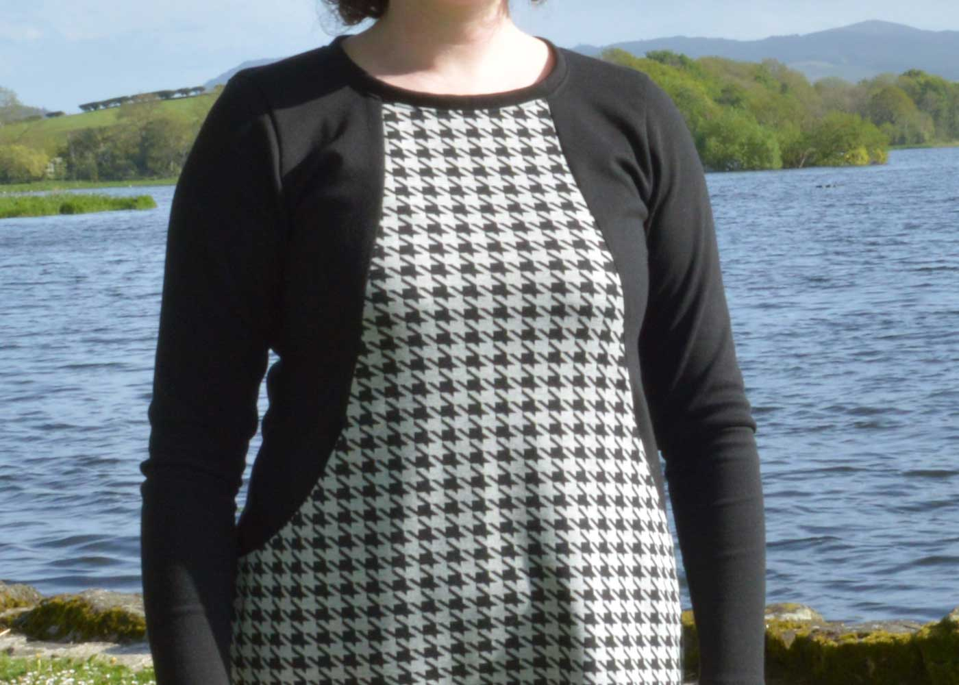 Holm Sown: Sew Over It Heather Dress - black and white houndstooth ponte roma // centre front panel
