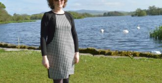 Holm Sown: Sew Over It Heather Dress - black and white houndstooth ponte roma // front view