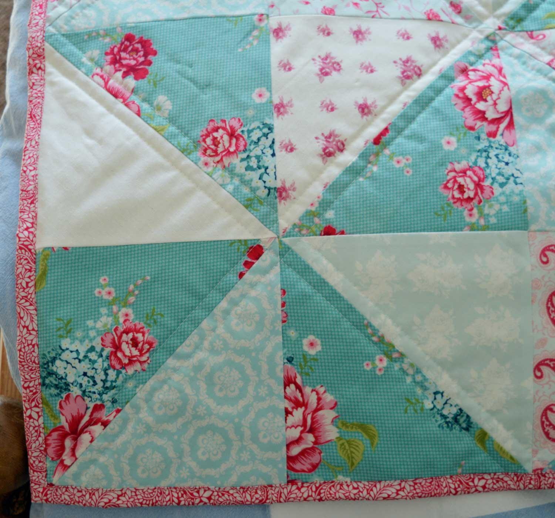 Holm Sown: Tilda Pinwheel Quilt // pinwheel block