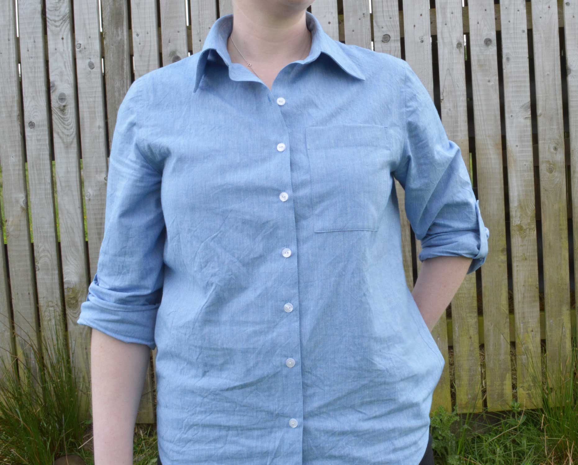 Holm Sown: Butterick B5526 Shirt in yarn dyed cotton chambray // front view with patch pocket