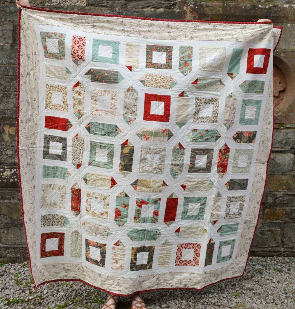 Quilts for Grenfell - Dumfries & Galloway Modern Quilt Guild (DGMQG) // Three Sisters Quilt